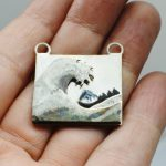 Great wave pendant