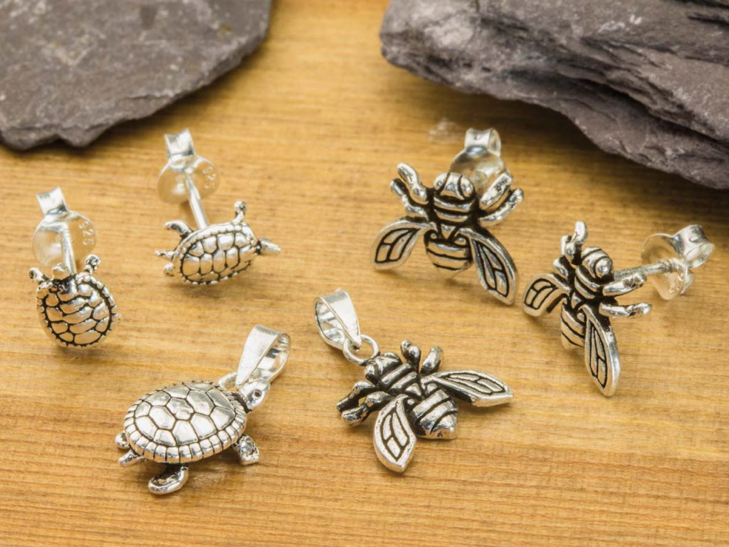 Sterling Silver Tortoise and Bee Design Jewellery