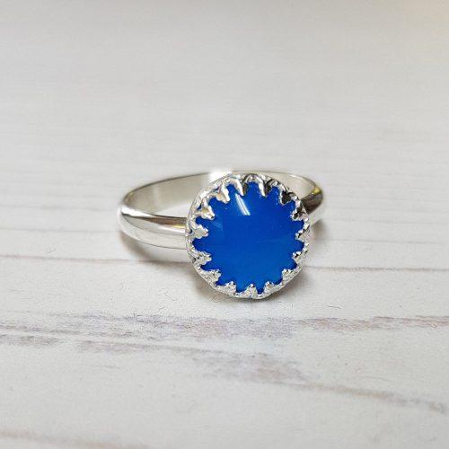 cabochon gemstone ring