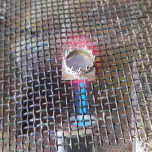 soldering a bezel setting