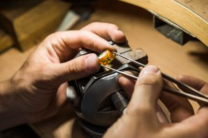 How To Cut And Polish Gemstones By Hand