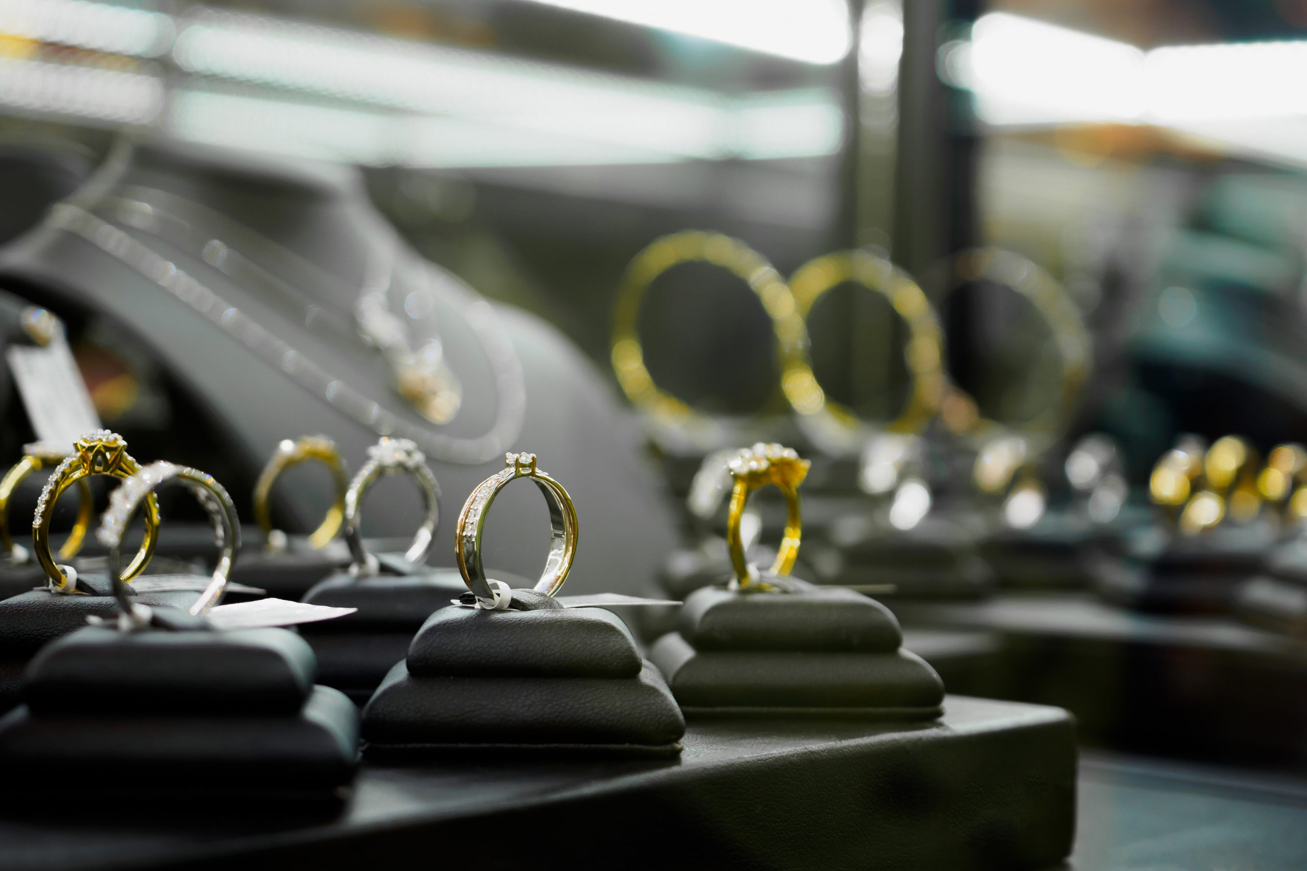 Top 5 Jewellery Display Stand Ideas For Small Shop Displays