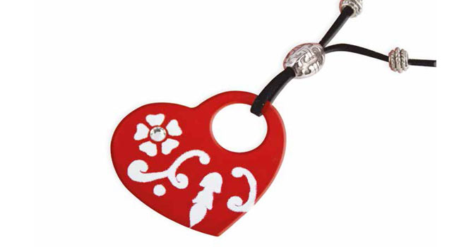 How to: Create this heart pendant