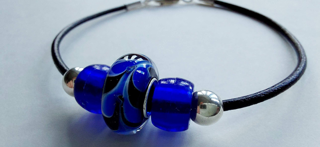 15 Minute Make: Leather Beaded Bracelet