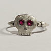 Click image for larger version.  Name:Ruby-Eye_Skull_1.jpg Views:50 Size:64.0 KB ID:8224