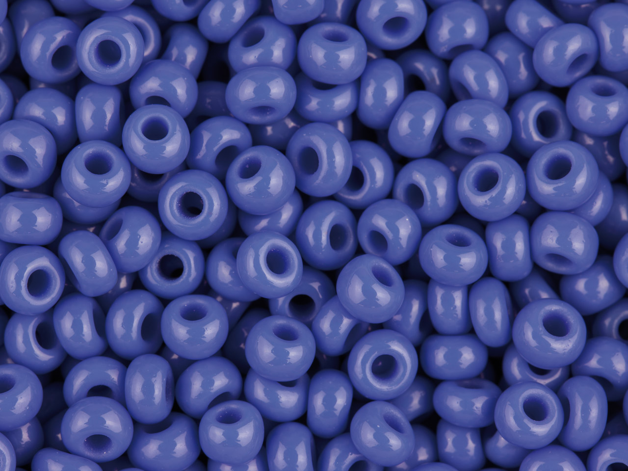 Czech 8/0 Seed Beads, Opaque Blue, 20g Pack
