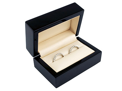 Black Wooden Double Ring Box