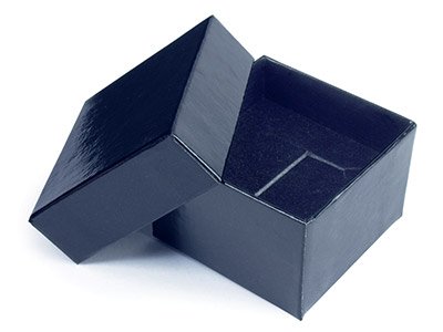 Black Gloss Card Ring Box With Interchangeable Black And White Interior