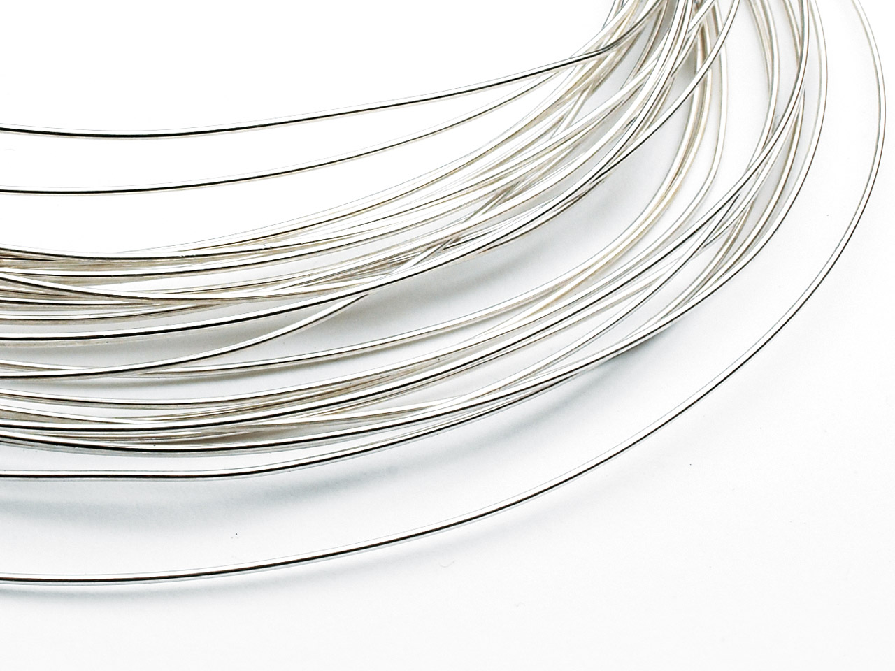 9ct Medium White Round Wire 0.50mm