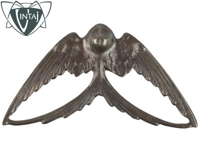 Vintaj-Brass-Swooping-Swallow