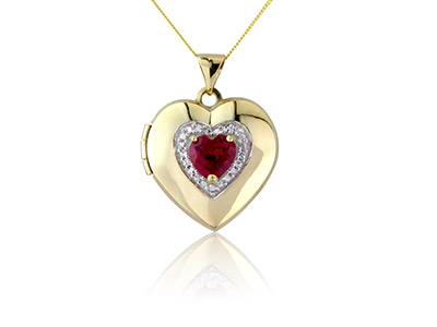 9ct-Yellow-Heart-Locket-With-------Sy...
