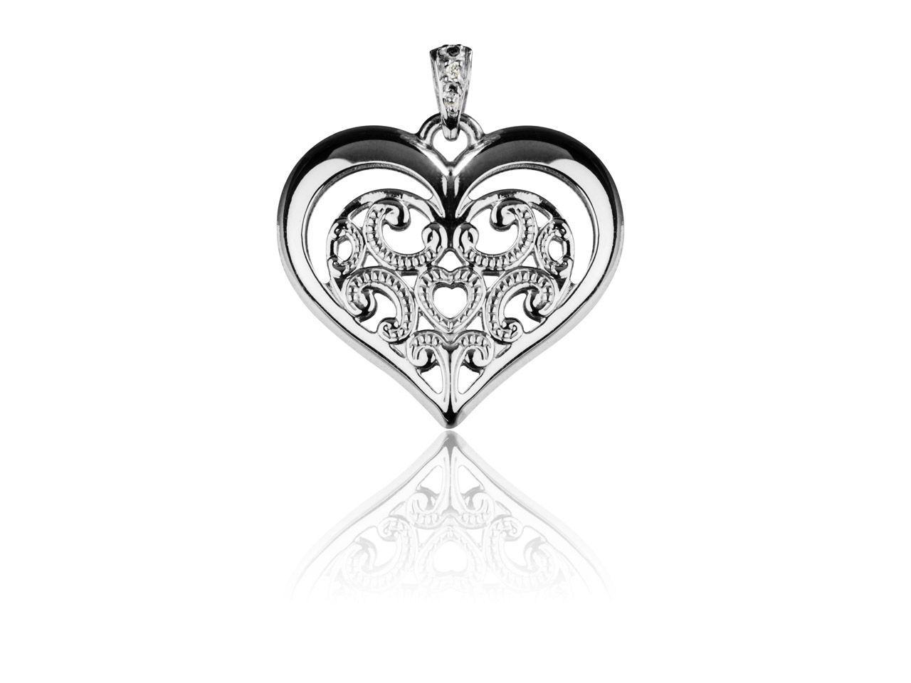 Sterling Silver Pendant Lace Style Heart Double Sided And Moveable    Bail 21mm