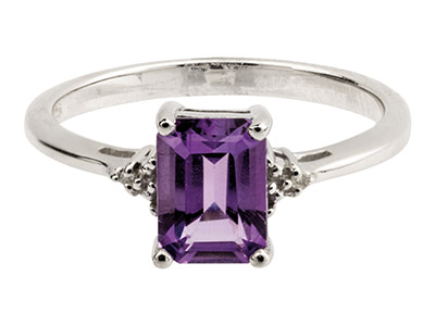 Sterling Silver Ring With Emerald  Cut Amethyst And Diamond, Size P