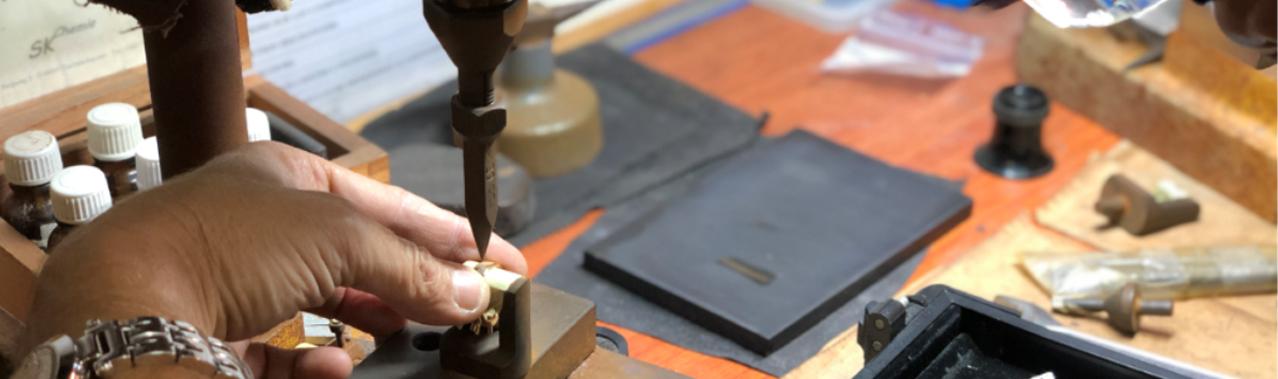 Poinçonnage de Bijoux avec Cookson-CLAL